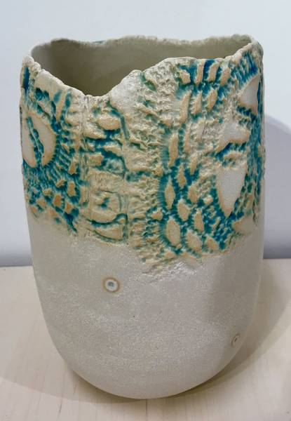 Bilde av Liv Aursand - Vase m/utskjæring
